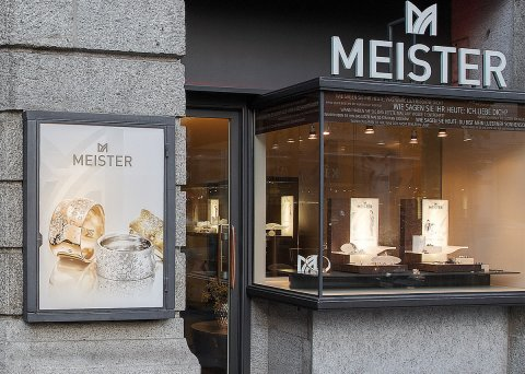 the meister wedding ring and jewellery manufactory from the stylish wedding ring lines and the modern jewellery to the sophisticated mens accessories - Wedding Ring Shop
